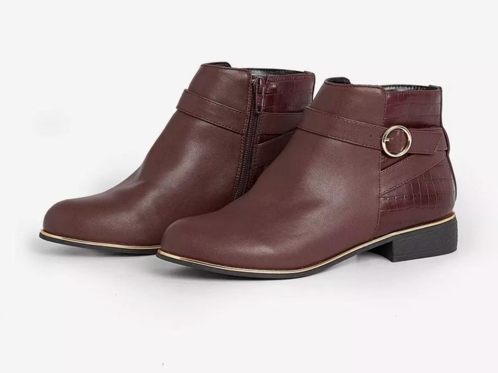 brown ankle boots with small heel