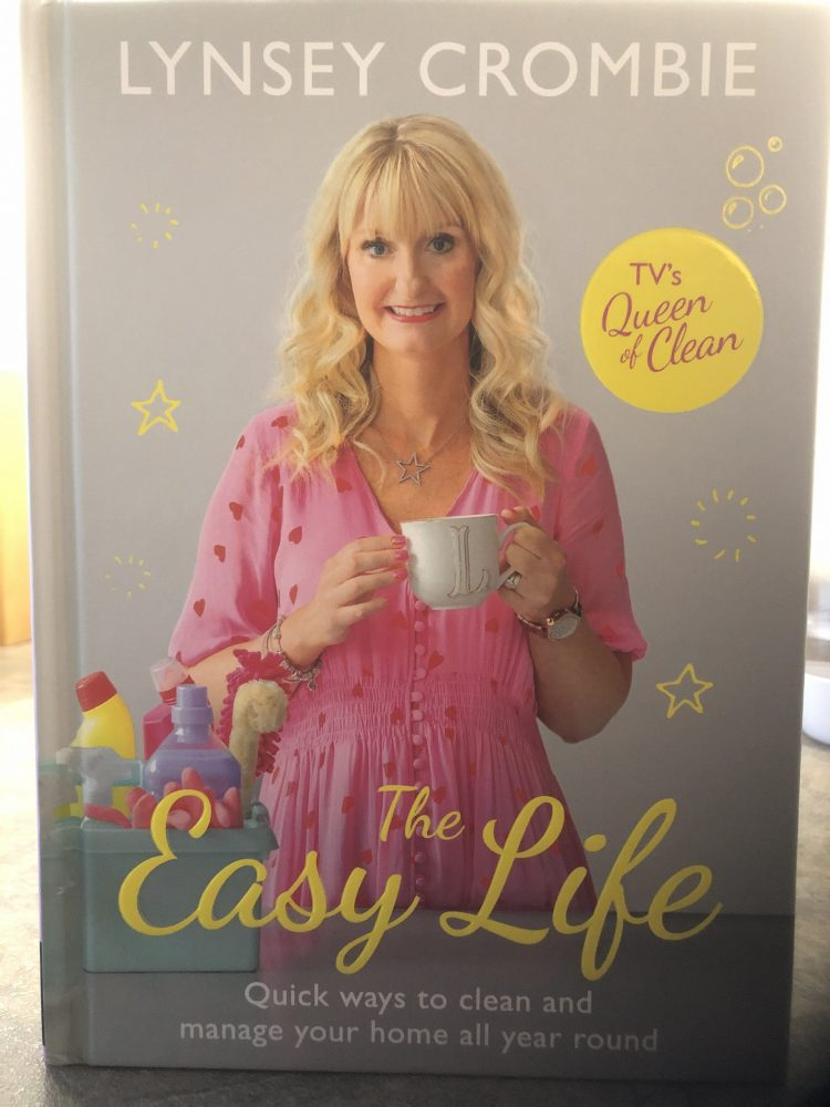 Year-Round Home Cleaning with Crombie: The Easy Life Book