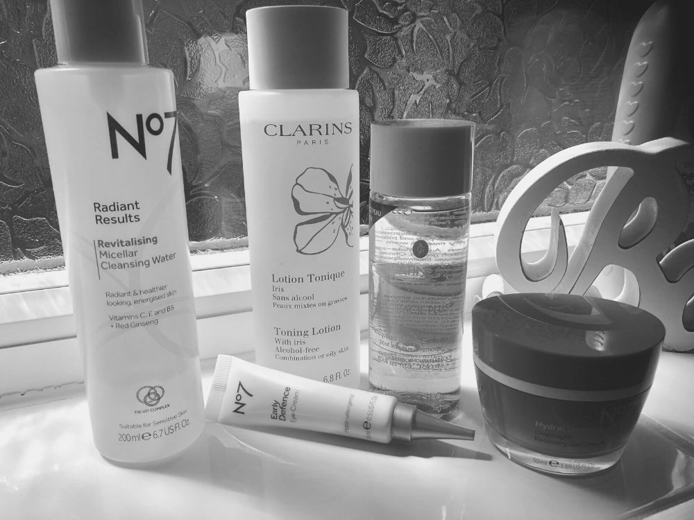 My Daily Evening Skincare Routine for a Busy Mum!